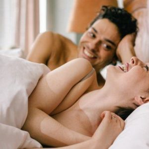 Sex Without Condoms In A Relationship: When Is It Safe?