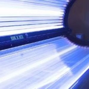 Research: One in Five Young Women Addicted to Indoor Tanning