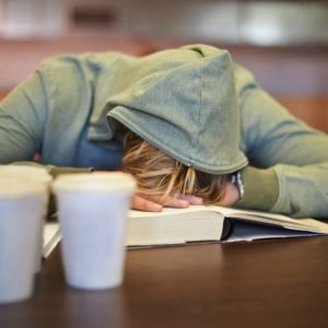 Research Links Proper Sleep to Better Dietary Choices
